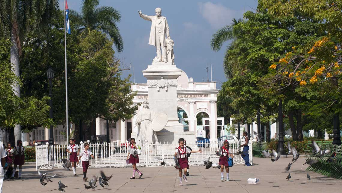 Melia Habana 2N / La Unión 2N / Las Cuevas 2N / Melia Cayo Santa Maria 3N / Melia Habana 1N - Coach<br /><strong>Double</strong>